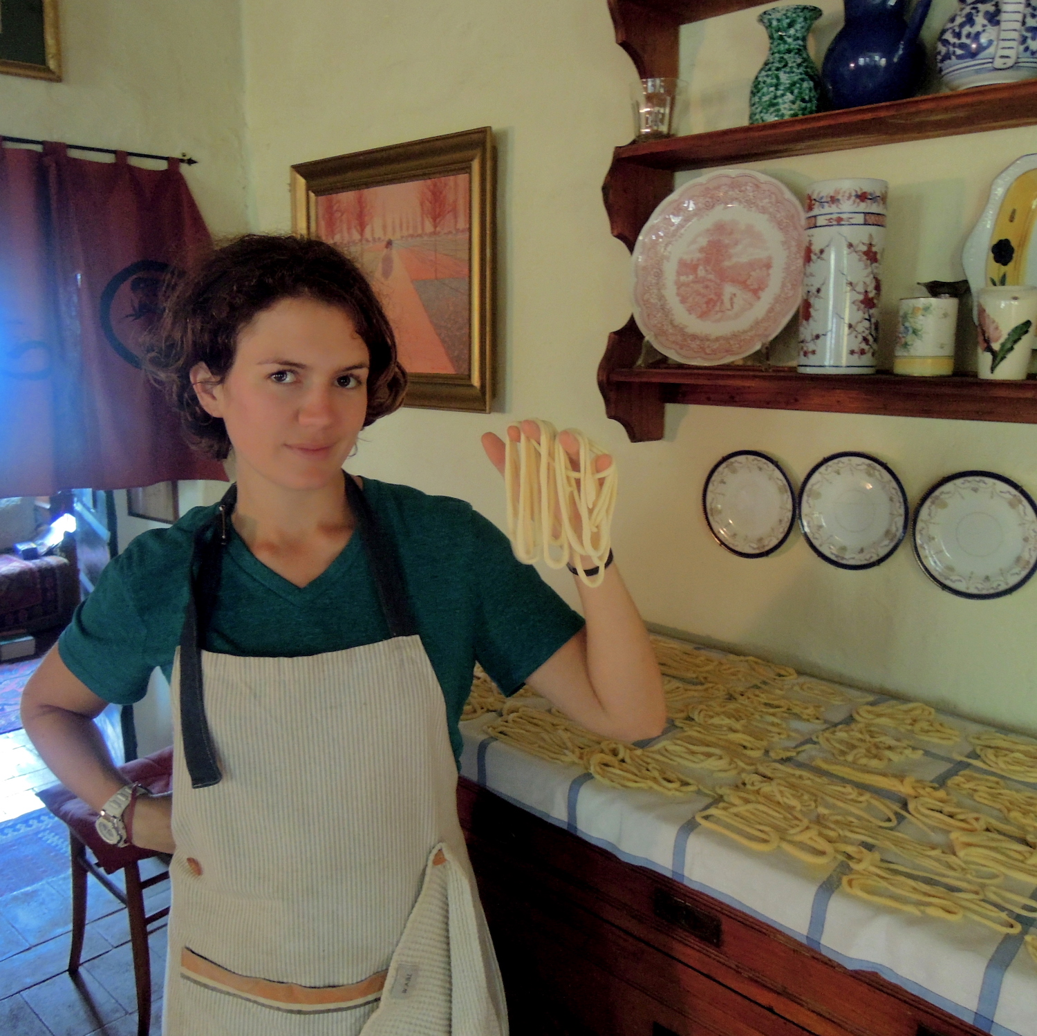 meggan holdinh homemade pici pasta in italy